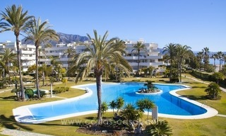 Exclusive apartment for sale in a beachfront complex in Puerto Banús - Marbella 15