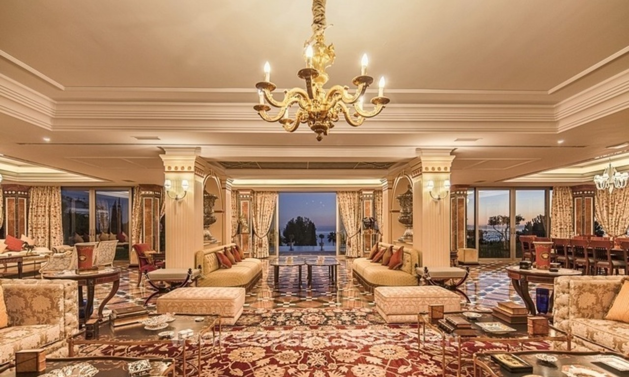 Palatial mansion for sale in exclusive urbanization of Sierra Blanca, Marbella 5