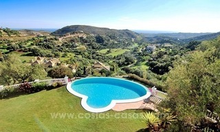 Beautiful classic style villa for sale in the Marbella Club Golf Resort 1