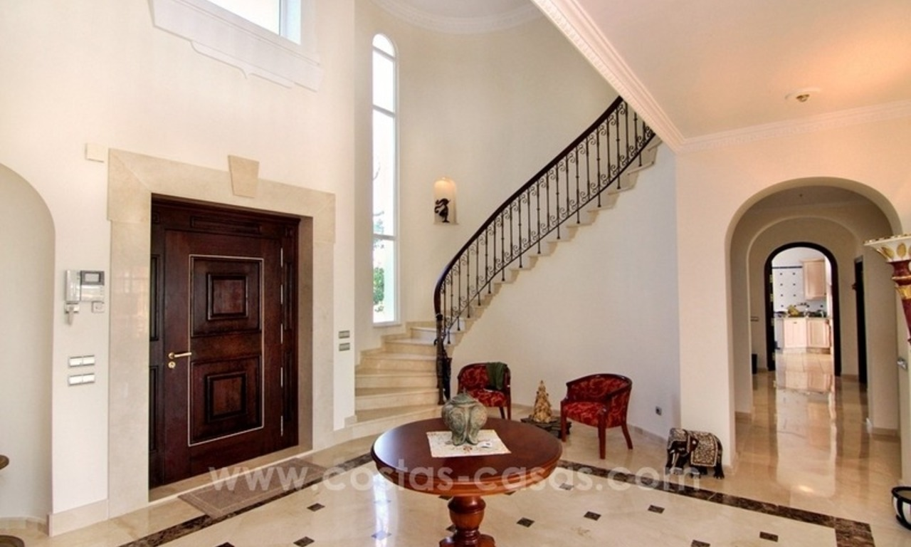 Beautiful classic style villa for sale in the Marbella Club Golf Resort 9