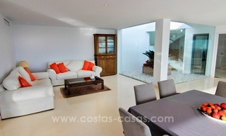 Very nice newly built and contemporary villa for sale in Mijas 10