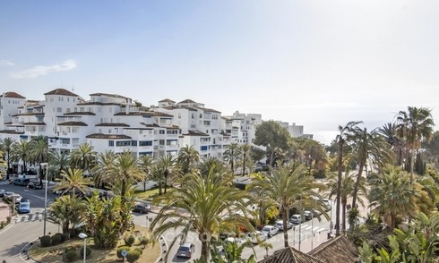 Dream location!! Apartment for sale a few meters from the sea in Puerto Banús