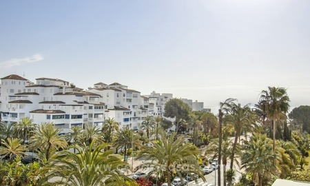 Dream location!! Apartment for sale a few meters from the sea in Puerto Banús 1