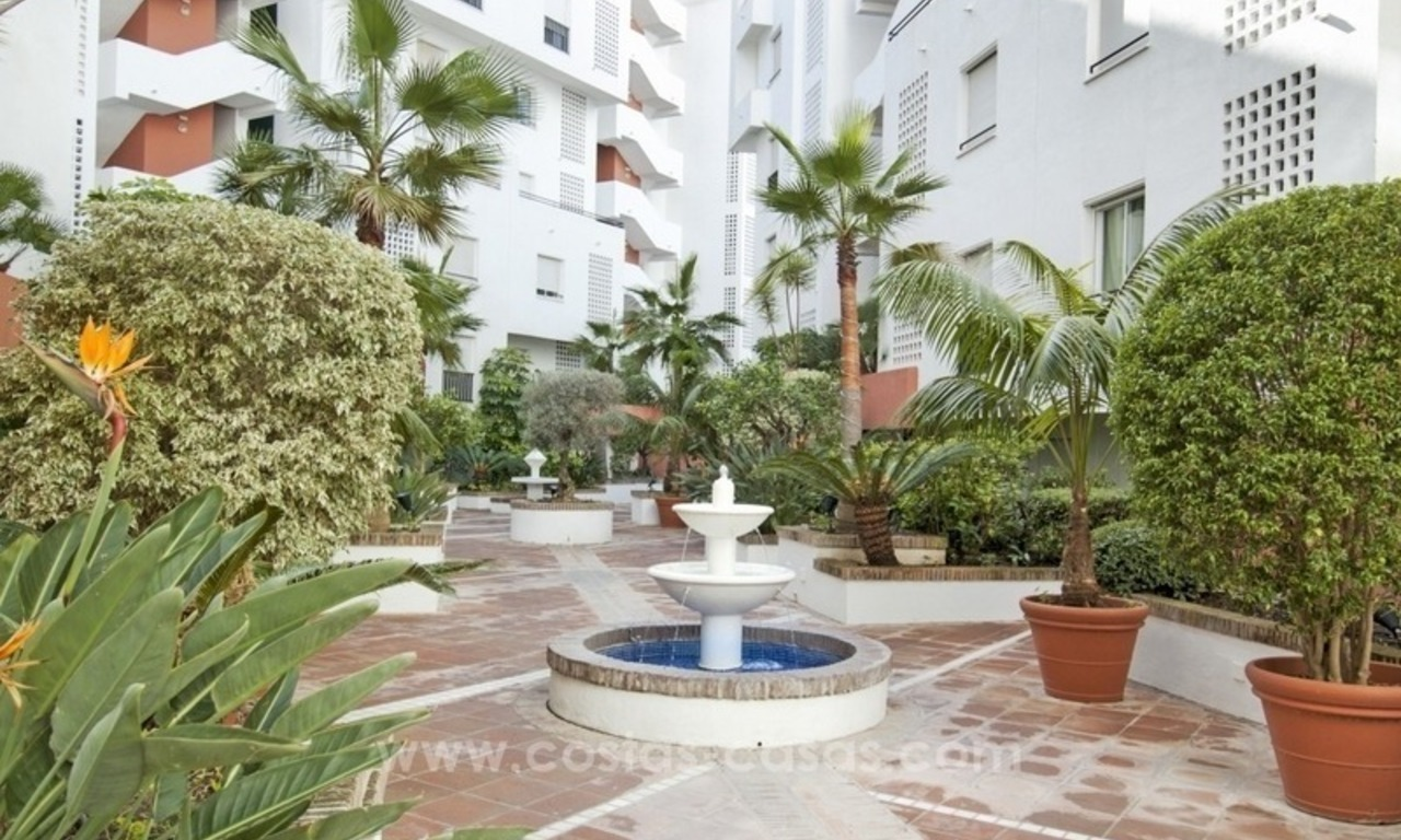 Dream location!! Apartment for sale a few meters from the sea in Puerto Banús 10