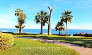 Spacious Beachfront Penthouse for Sale on the New Golden Mile, Estepona 1