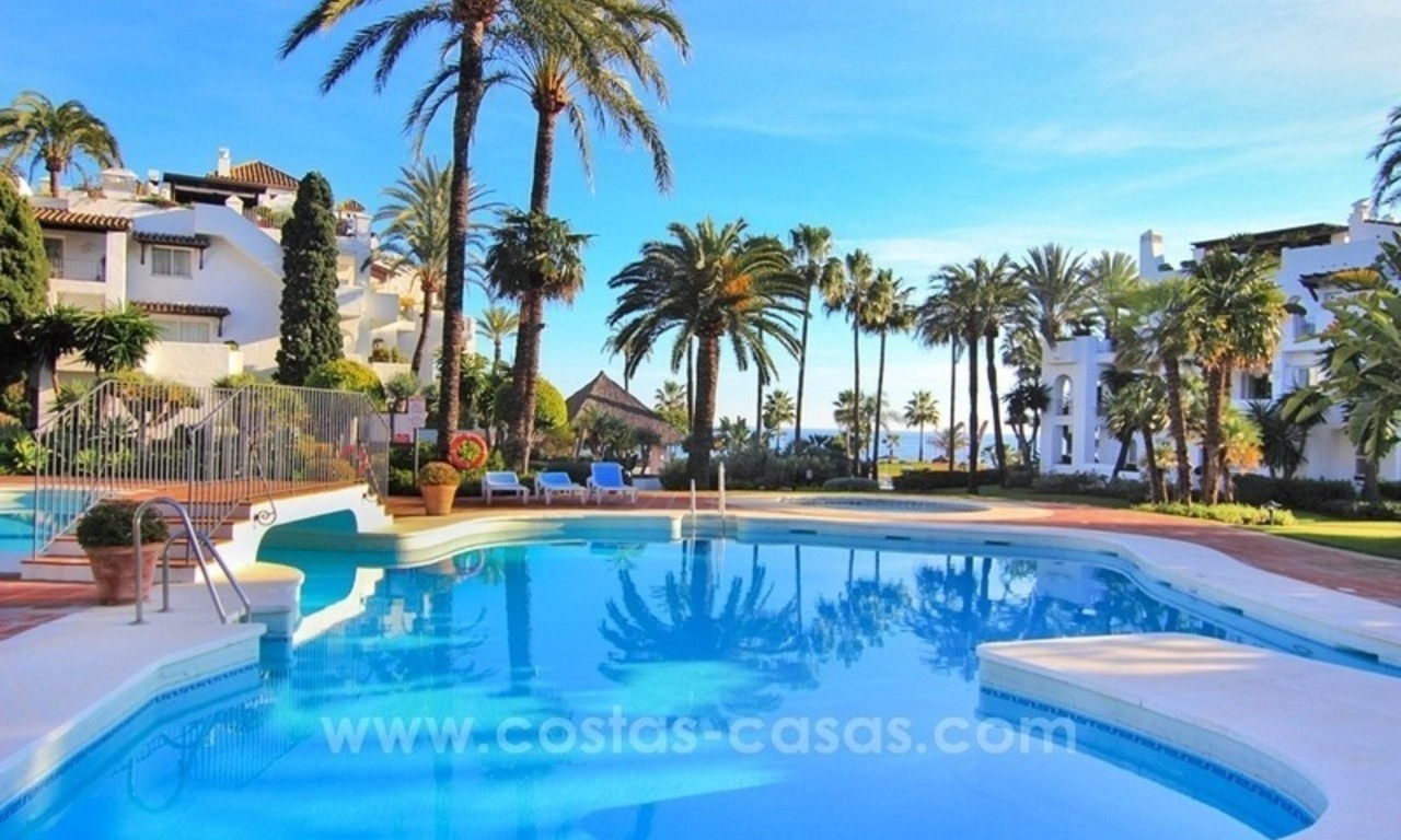 Spacious Beachfront Penthouse for Sale on the New Golden Mile, Estepona 5