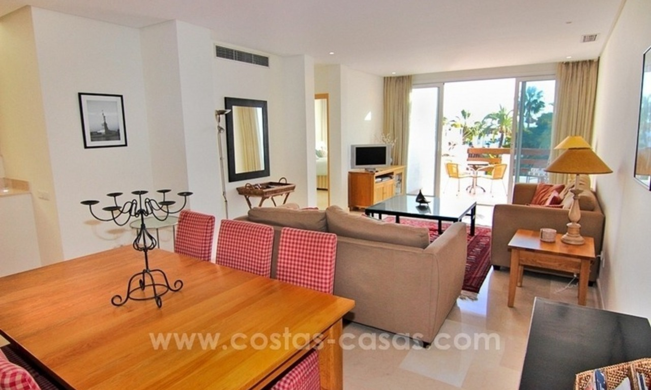 Spacious Beachfront Penthouse for Sale on the New Golden Mile, Estepona 9