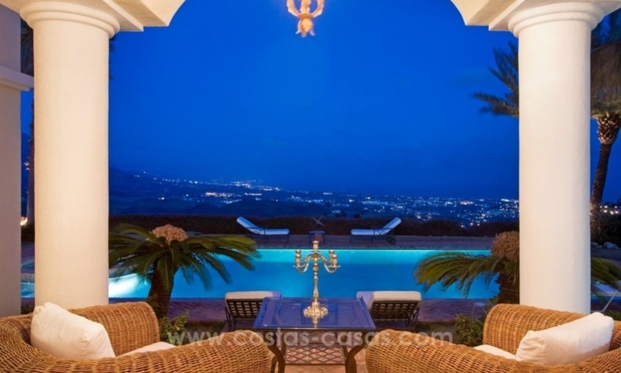 For Sale: A luxurious but elegant classical villa with the best views in El Madroñal - Benahavis 2