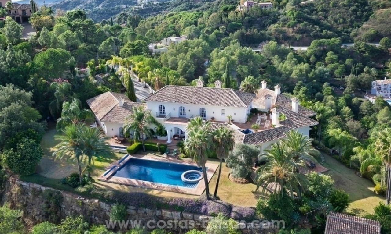 For Sale: A luxurious but elegant classical villa with the best views in El Madroñal - Benahavis 0