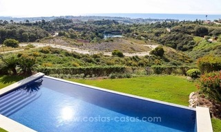 Luxury villa for sale between Marbella and Estepona, with panoramic sea views 43