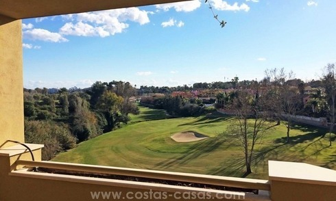 Frontline golf apartments and penthouses for sale in Guadalmina, Marbella