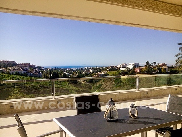 Modern new luxury apartment for sale in Nueva Andalucia – Marbella