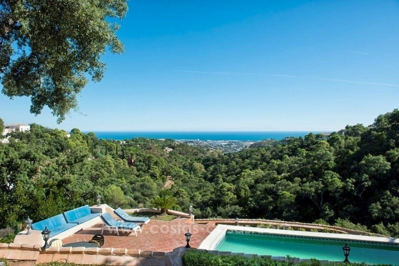 Villa for sale on a large plot in El Madroñal, Benahavis - Marbella 2