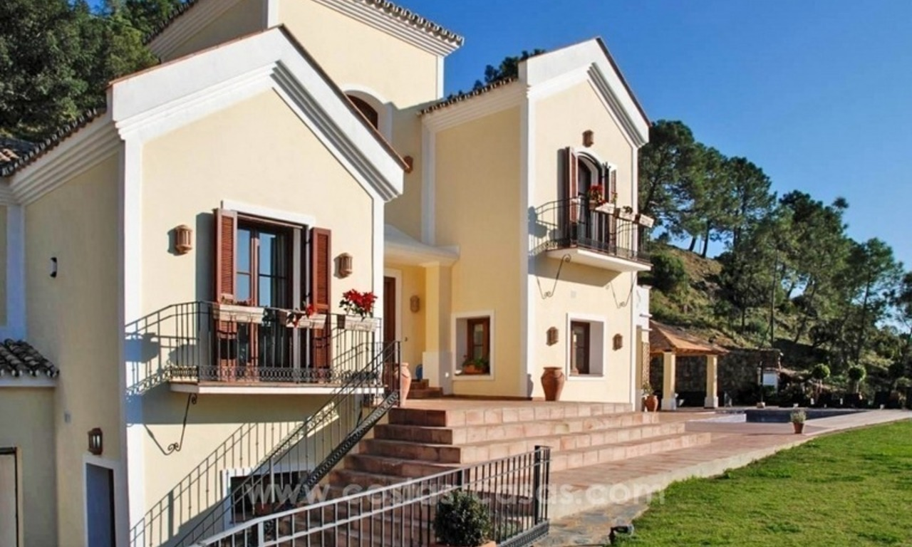 Luxury villa for sale in El Madroñal, Benahavis - Marbella 1