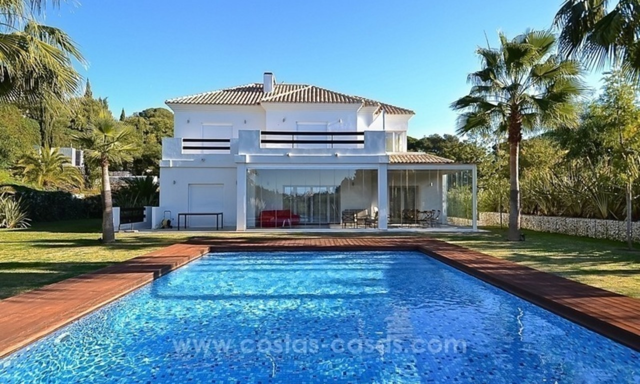 Bargain! Modern villa for sale in Elviria, Marbella east 0