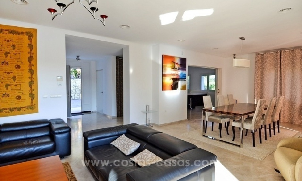 Bargain! Modern villa for sale in Elviria, Marbella east 25