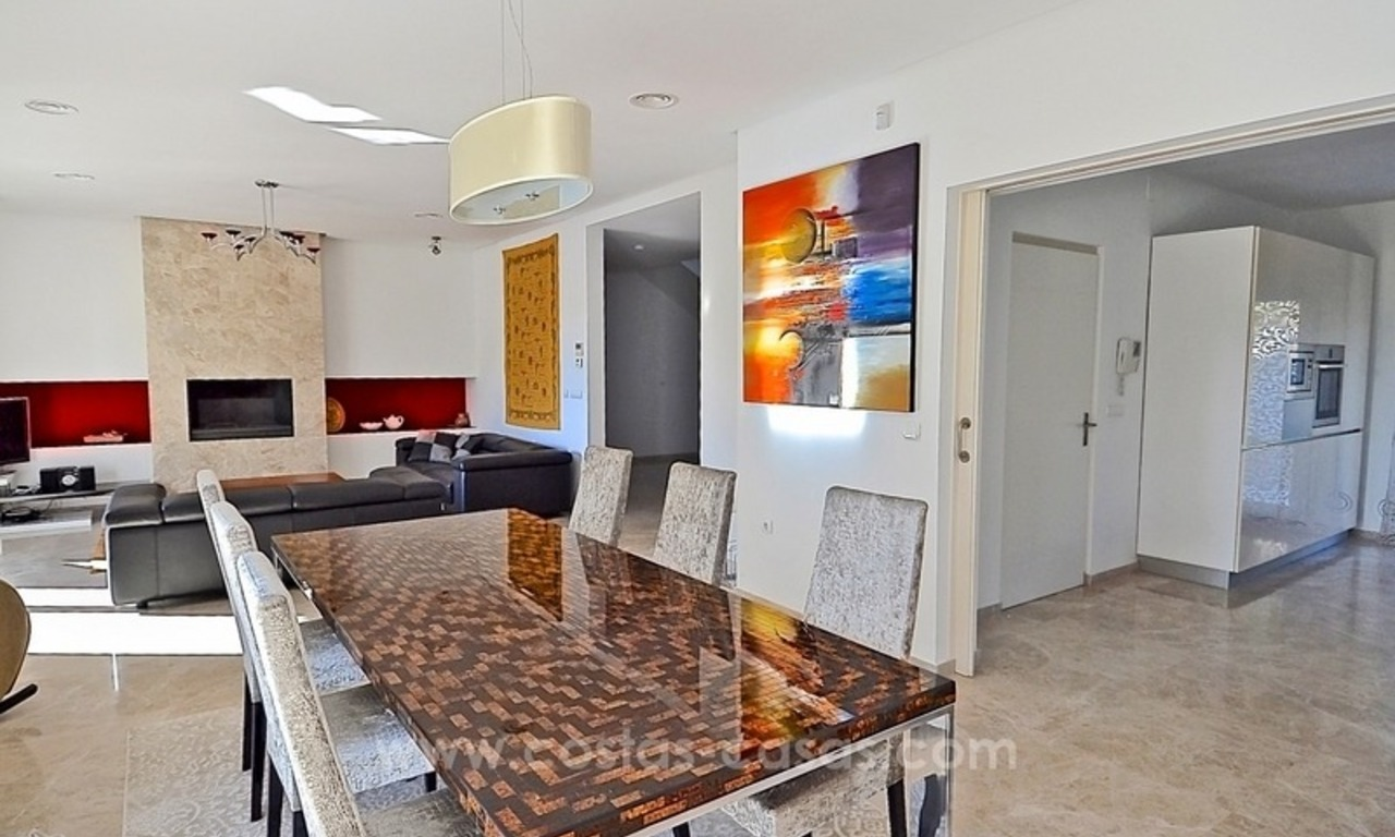 Bargain! Modern villa for sale in Elviria, Marbella east 26