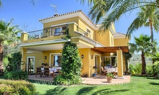 Villa for sale in Marbella East with beautiful panoramic sea view 3
