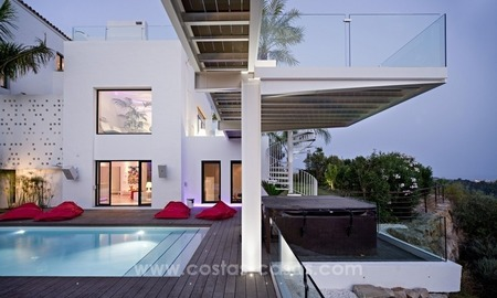 Exclusive modern style villa for sale in the area of Marbella – Benahavis 3