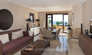 Luxury penthouse apartment for sale, first line beach complex, New Golden Mile, Marbella – Estepona 10