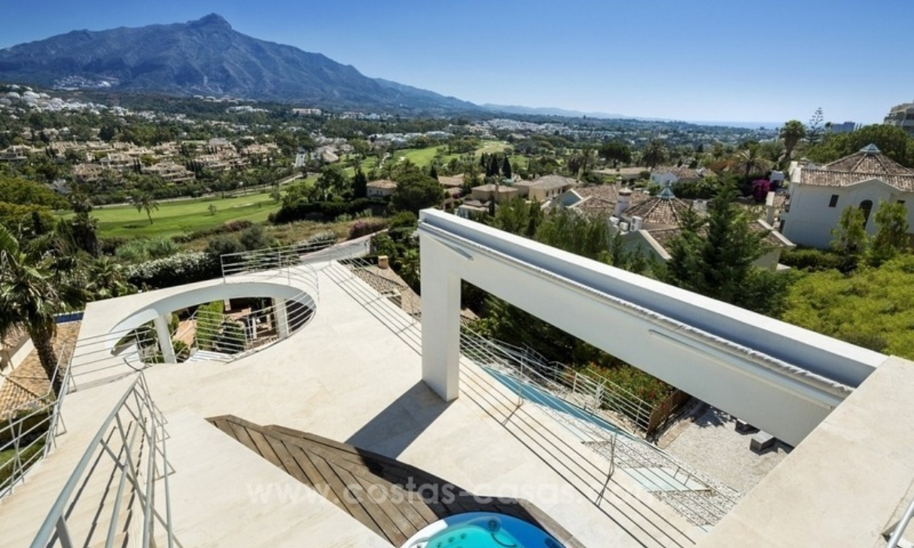 For Sale in Nueva Andalucia, Marbella: Designer Villa with panoramic golf, mountain and sea views 4