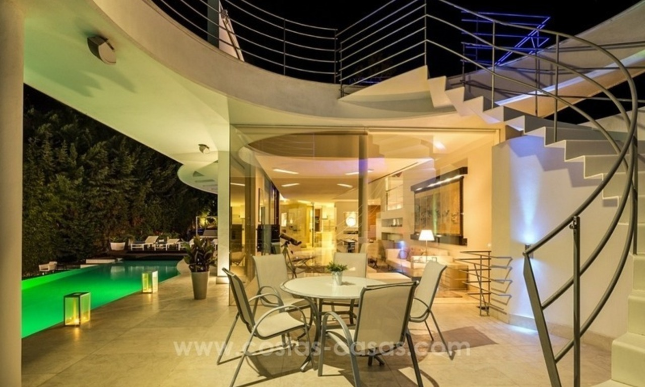 For Sale in Nueva Andalucia, Marbella: Designer Villa with panoramic golf, mountain and sea views 14