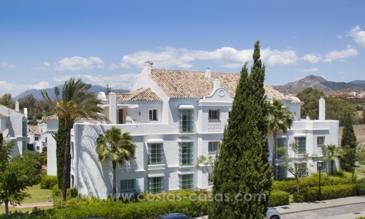4 bedroom penthouse for sale in gated community in Marbella 3