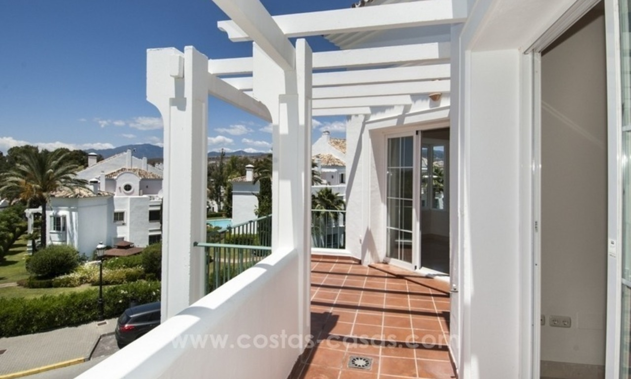 4 bedroom penthouse for sale in gated community in Marbella 6
