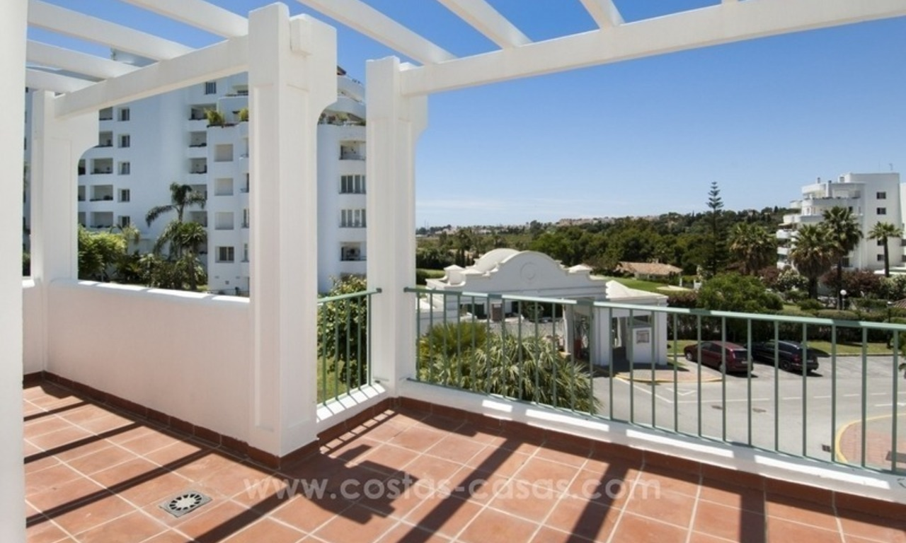 4 bedroom penthouse for sale in gated community in Marbella 7