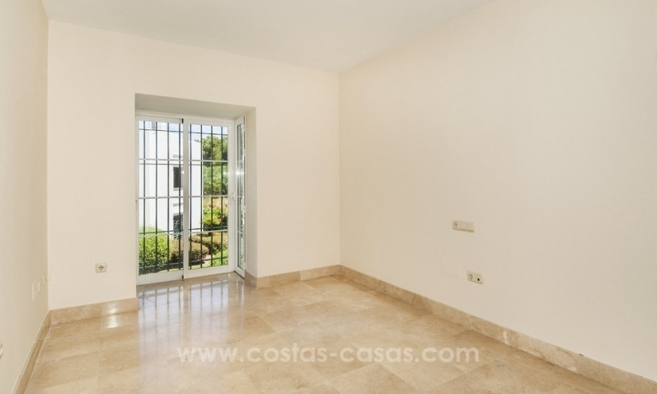 4 bedroom penthouse for sale in gated community in Marbella 16