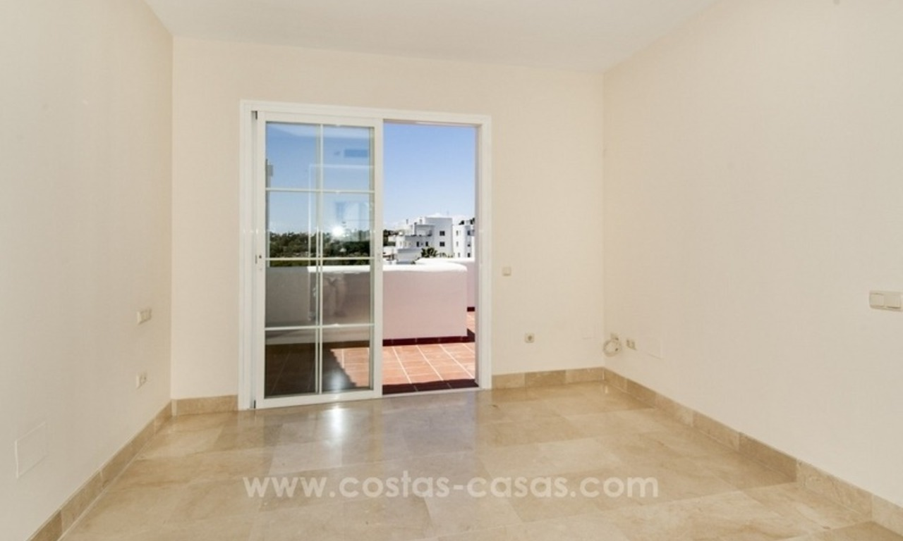 4 bedroom penthouse for sale in gated community in Marbella 18