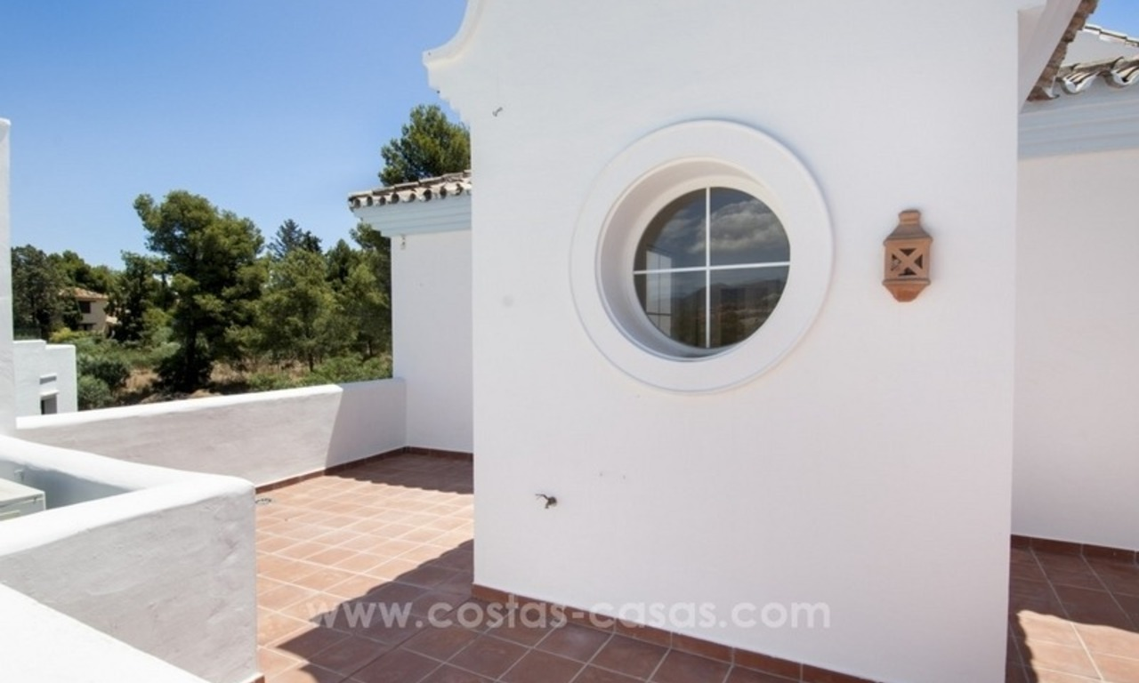 4 bedroom penthouse for sale in gated community in Marbella 10