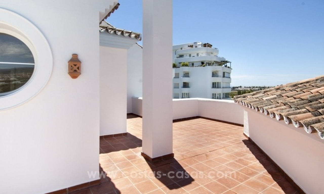 4 bedroom penthouse for sale in gated community in Marbella 11