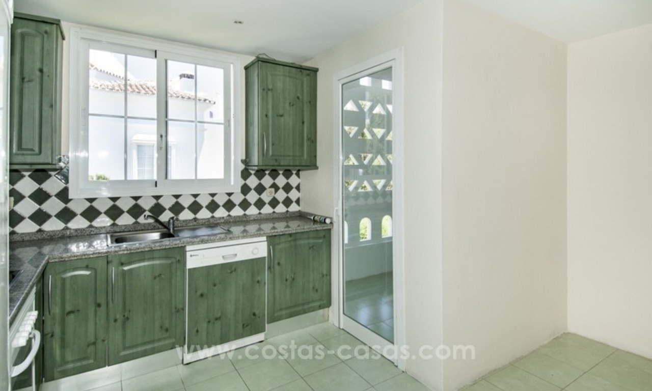 4 bedroom penthouse for sale in gated community in Marbella 23