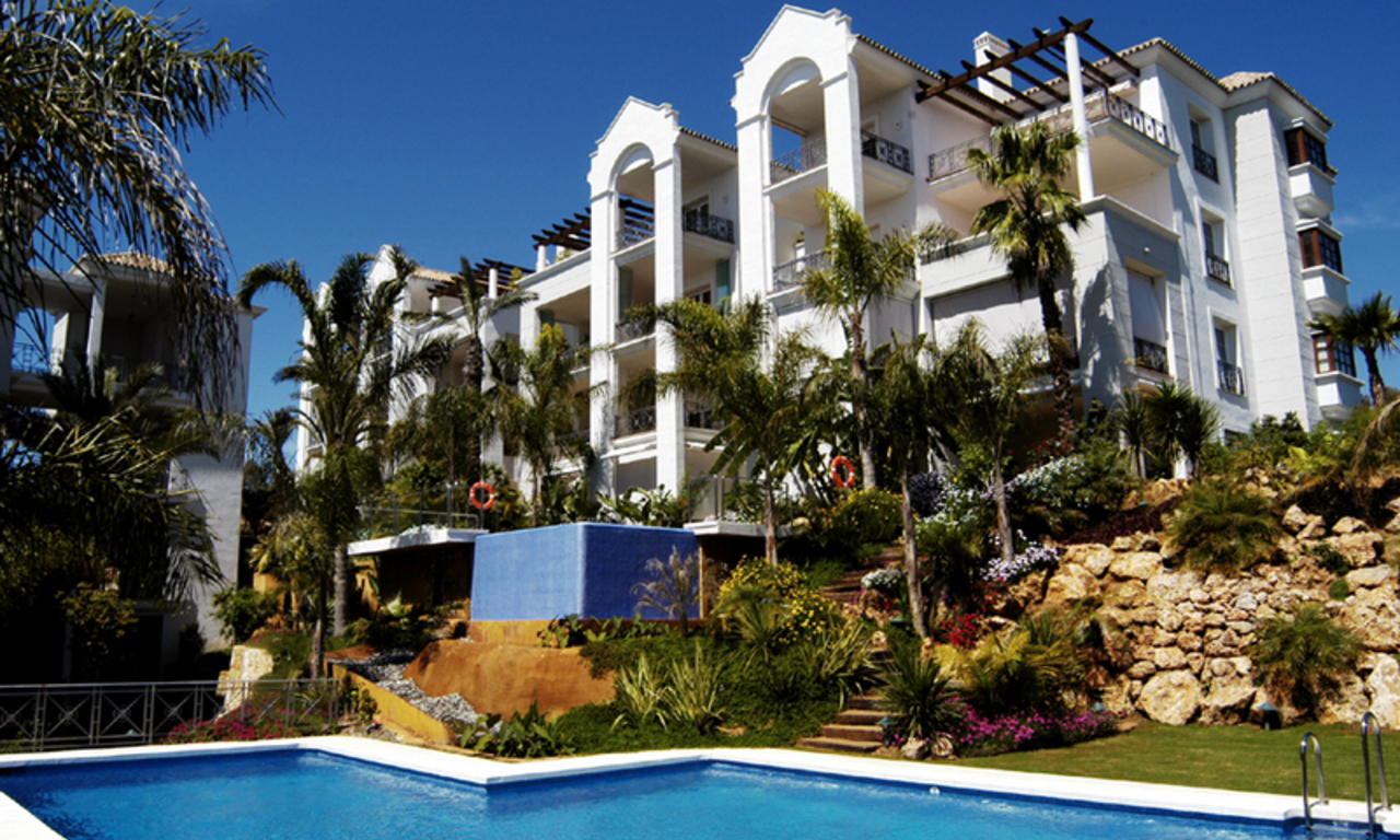 Exclusive beachside apartments for sale, Puente Romano, Golden Mile, Marbella 1