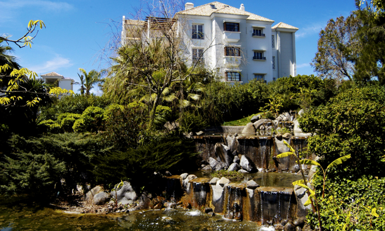 Exclusive beachside apartments for sale, Puente Romano, Golden Mile, Marbella 3