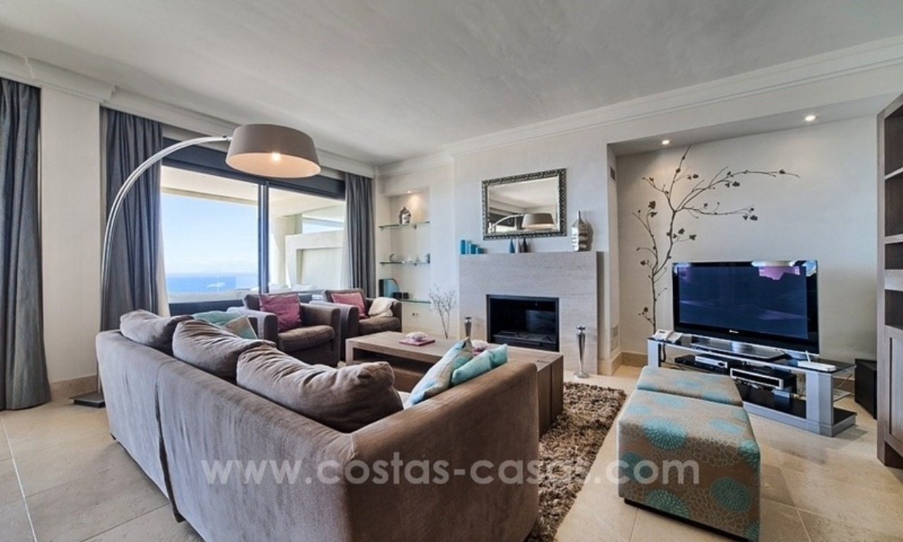 For Sale in Marbella: Modern spacious luxury penthouse apartment 11