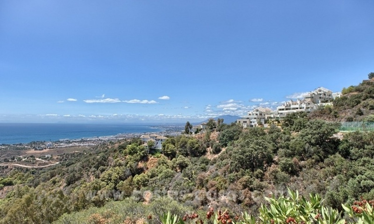 For Sale in Marbella: Modern spacious luxury penthouse apartment 3