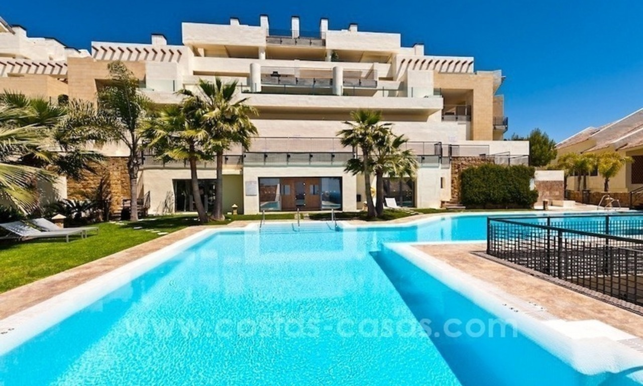 For Sale in Marbella: Modern spacious luxury penthouse apartment 18
