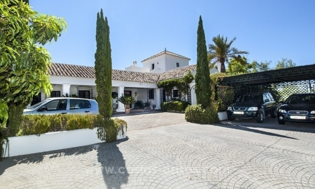 Superb and elegant Provence Charm villa for sale in exclusive El Madroñal, Benahavis - Marbella, with exceptional sea views 2