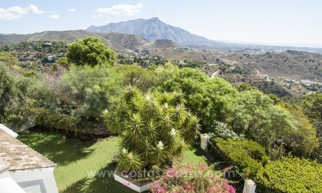 Superb and elegant Provence Charm villa for sale in exclusive El Madroñal, Benahavis - Marbella, with exceptional sea views 33
