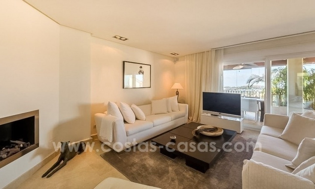 Stunning modern luxury penthouse apartment for sale in Marbella – Nueva Andalucía 6