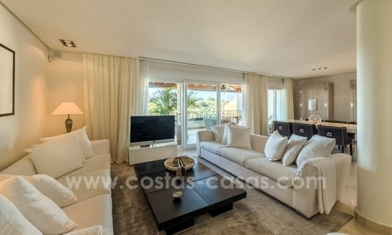 Stunning modern luxury penthouse apartment for sale in Marbella – Nueva Andalucía 7