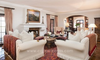 Classical country style villa for sale in El Madroñal, Benahavis - Marbella 25