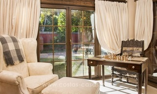 Classical country style villa for sale in El Madroñal, Benahavis - Marbella 28