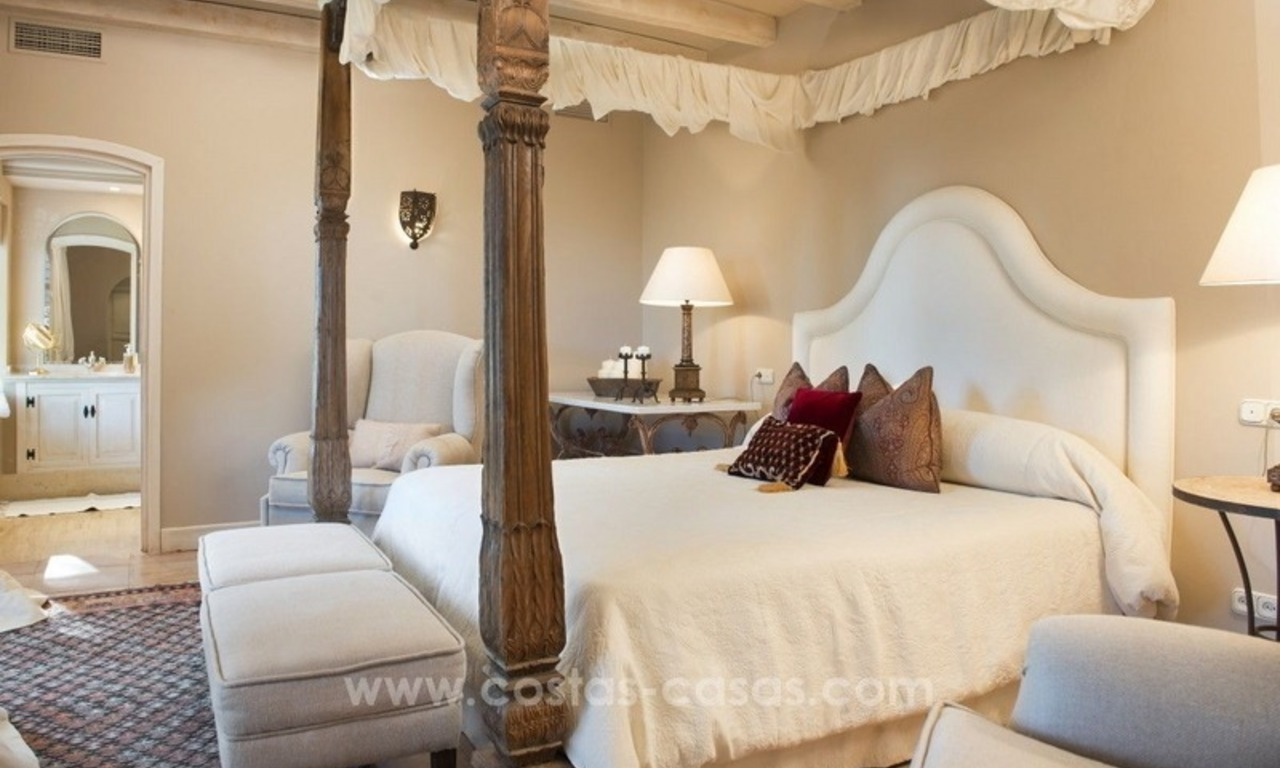 Classical country style villa for sale in El Madroñal, Benahavis - Marbella 40