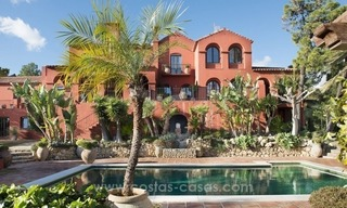 Classical country style villa for sale in El Madroñal, Benahavis - Marbella 8