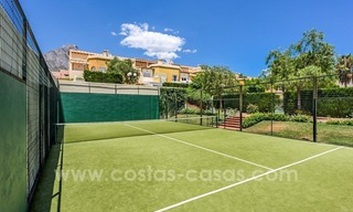 Bargain townhouses for sale on the Golden Mile in Marbella 33