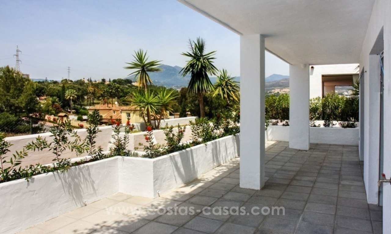For Sale: Well Located Apartment near Puerto Banús, Marbella 3