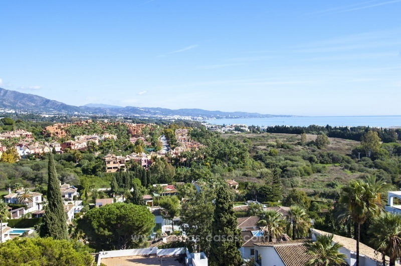 Spacious apartment for sale in a great location in Nueva Andalucia in Marbella, close to Puerto Banus